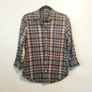 AEO classic prep fit plaid button up shirt